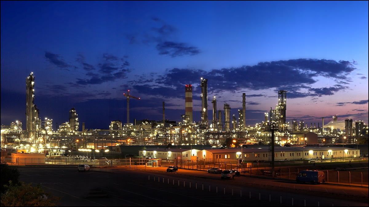 Refinery_by_focusgallery